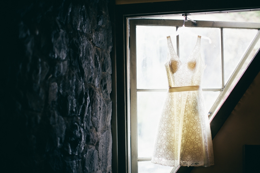 Multnomah Falls wedding, destination wedding, Oregon wedding photographer, short wedding dress