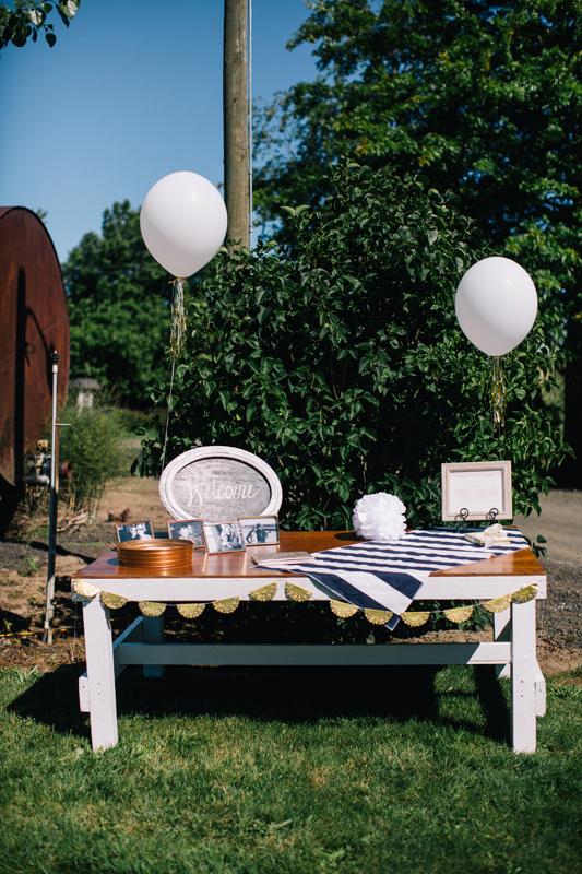 Green_Villa_Barn_Oregon_wedding_photographer_01