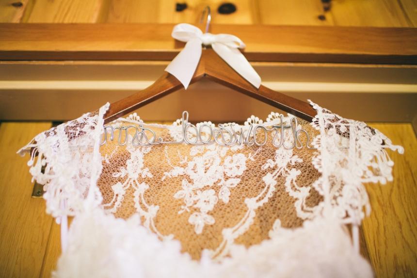 House_on_Metolius_oregon_wedding_photographer_02